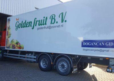 Goldeen Fruit autobelettering